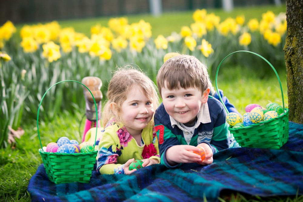 Easter egg hunting 3 - Loretta O_Donnell (3) and Finlay Smyth (4)