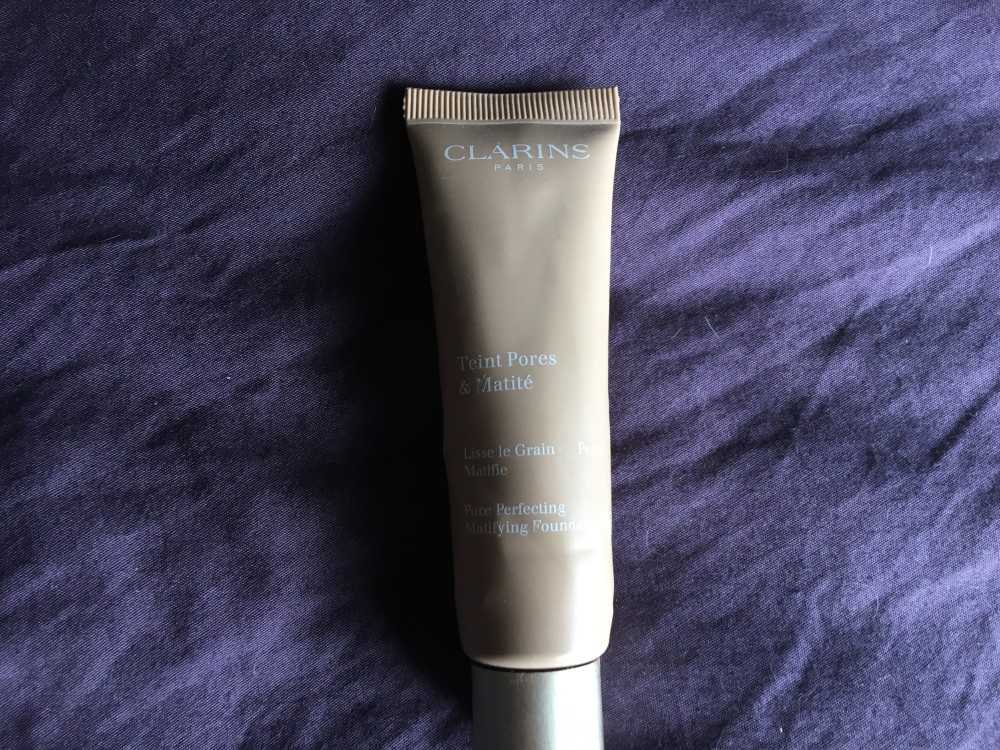 Clarins Pore Perfector Matifying Foundation